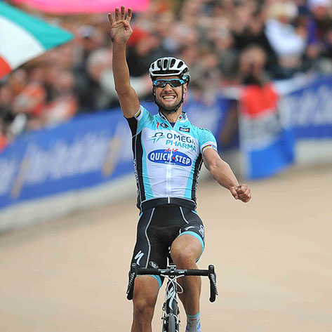 Cycling : Paris-Roubaix 2012 Arrival / Tom BOONEN (Bel) Celebration Joie Vreugde /  Compiegne (Paris) - Roubaix (257,5Km)/  Parijs /c)Tim De Waele
